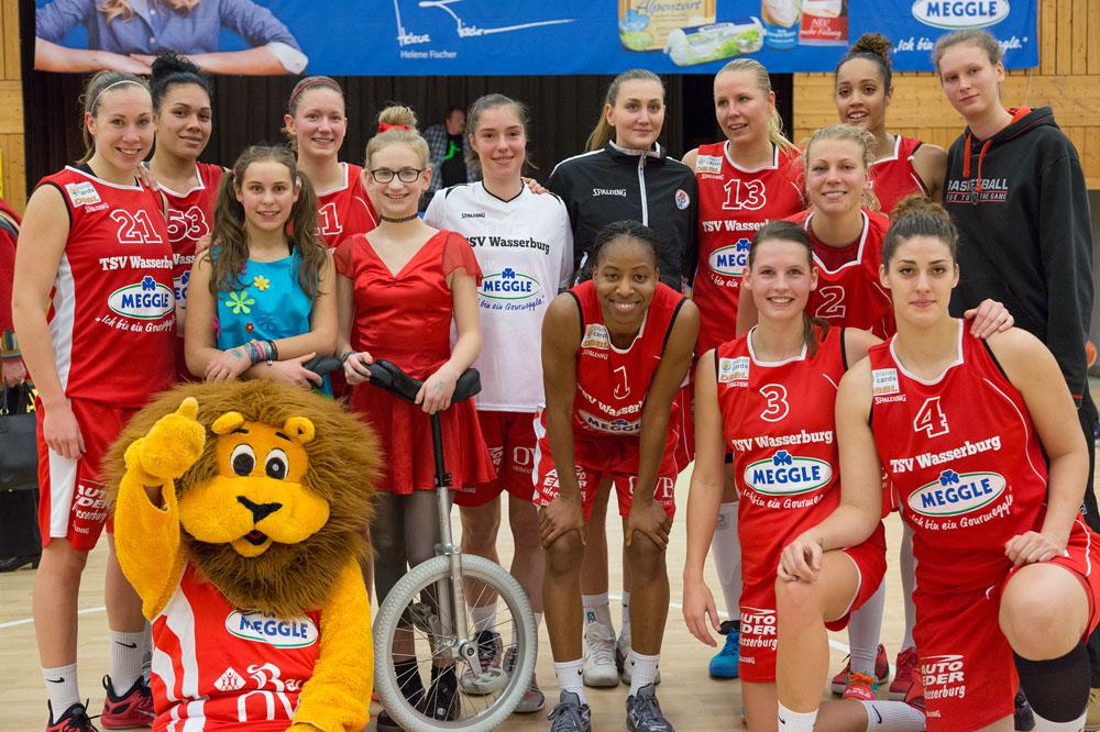 Auftritt bei den Wasserburger Basketballerinnen